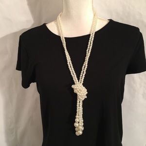 Pearl Necklace Layers with hanging Pearl Pendant